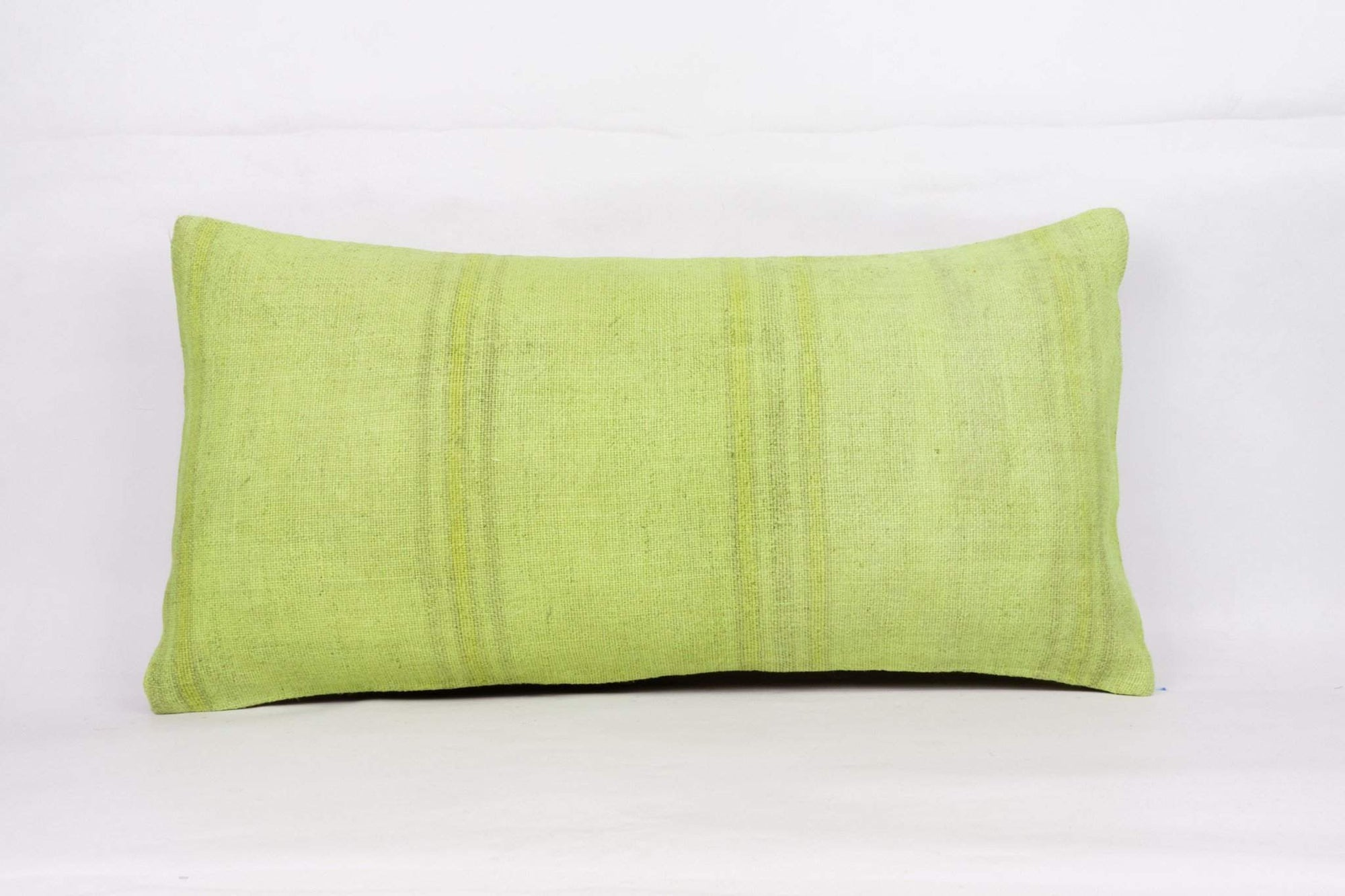 Plain_Green_Kilim Pillow Cover_12x24_A0004_4119