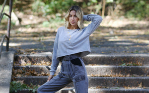 Omni Crop Sweatshirt (Grey)