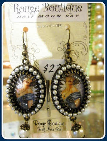 Flapper 'Painting' earrings