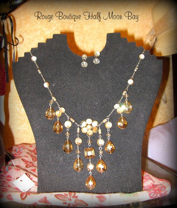 Teardrop Necklace and Earring set
