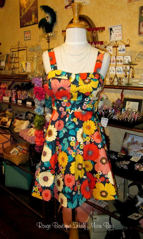 Retro Tie-back colorful floral print dress (short style)