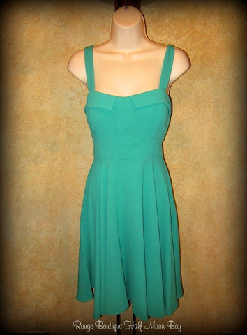 Retro tie-back green Hostess dress