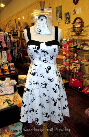 Retro black cats on white background tie-back Hostess dress