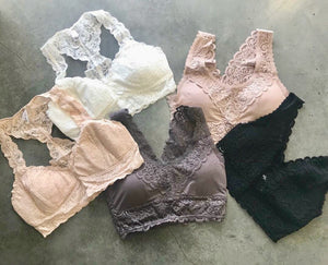 Scalloped Padded Lace Bralette