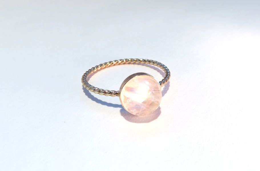 Moonstone ring, Rainbow Moonstone Ring, 14k yellow gold stacking ring, Gemstone ring, Gold Moonstone Ring, Gold Ring, Gold stacking ring