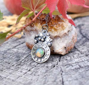 Opal and the Moon-Pendant #3