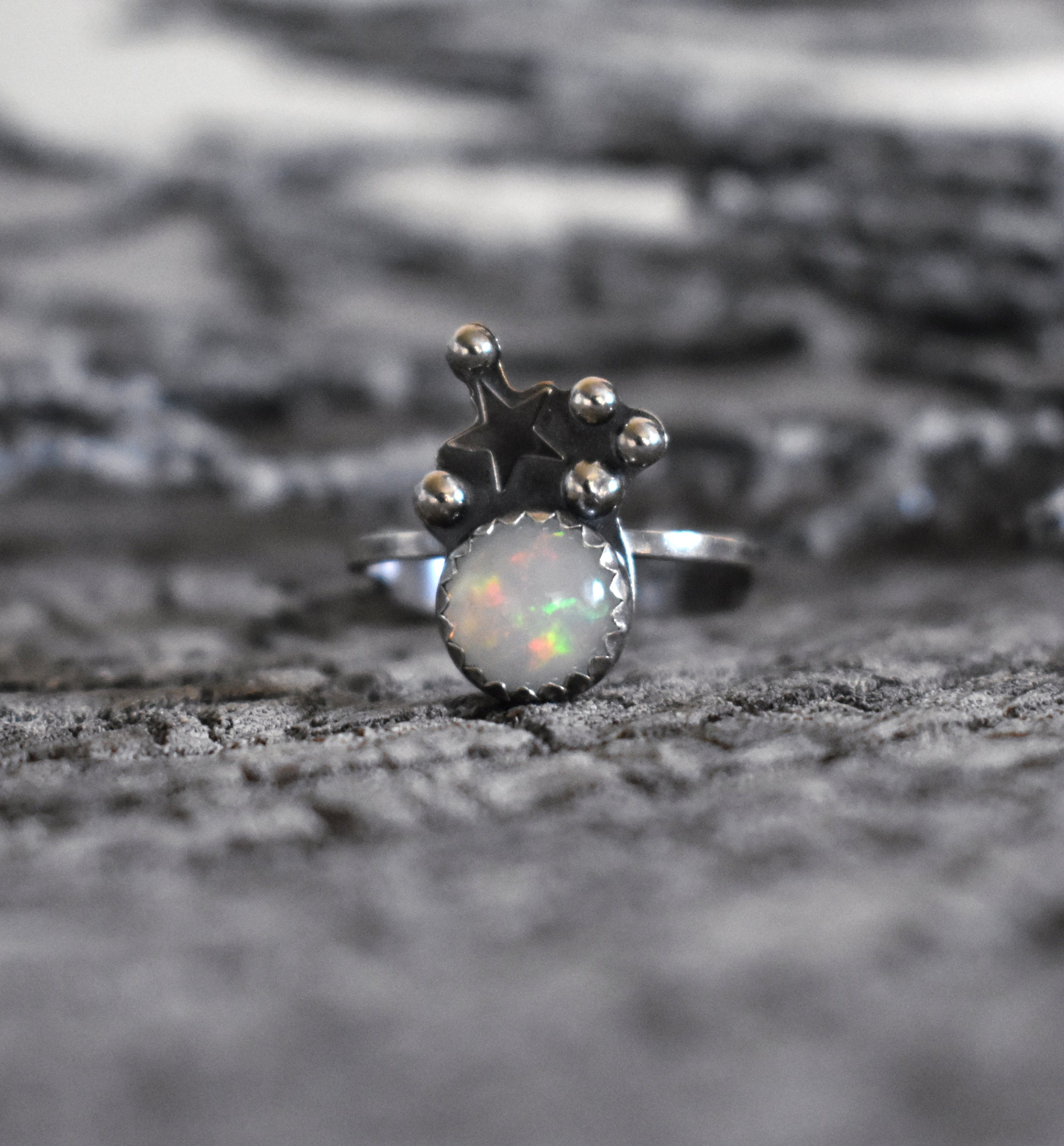 Opal and the Moon-Ring #8 US Ring Size 8