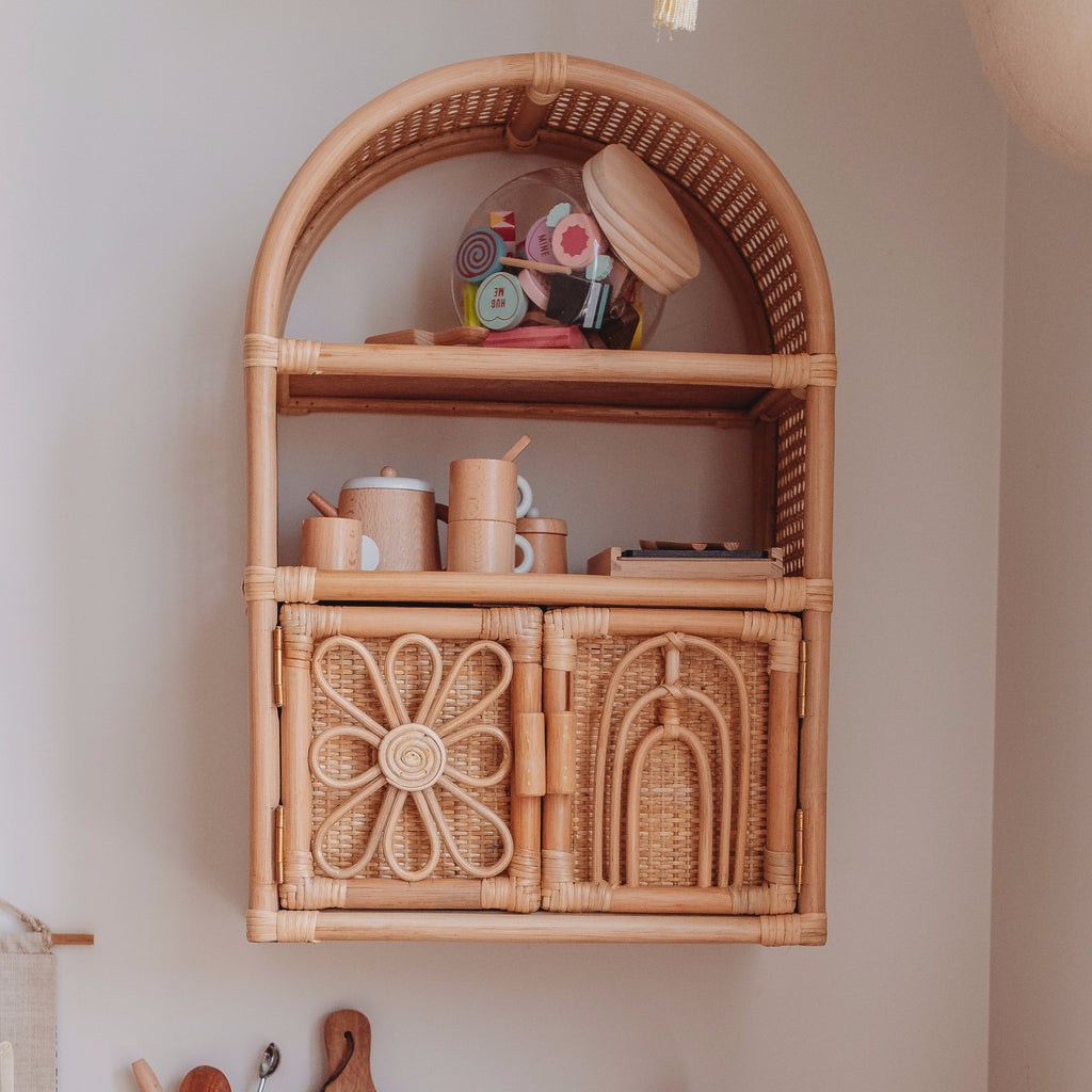 The Daisy Shelves (MAY)