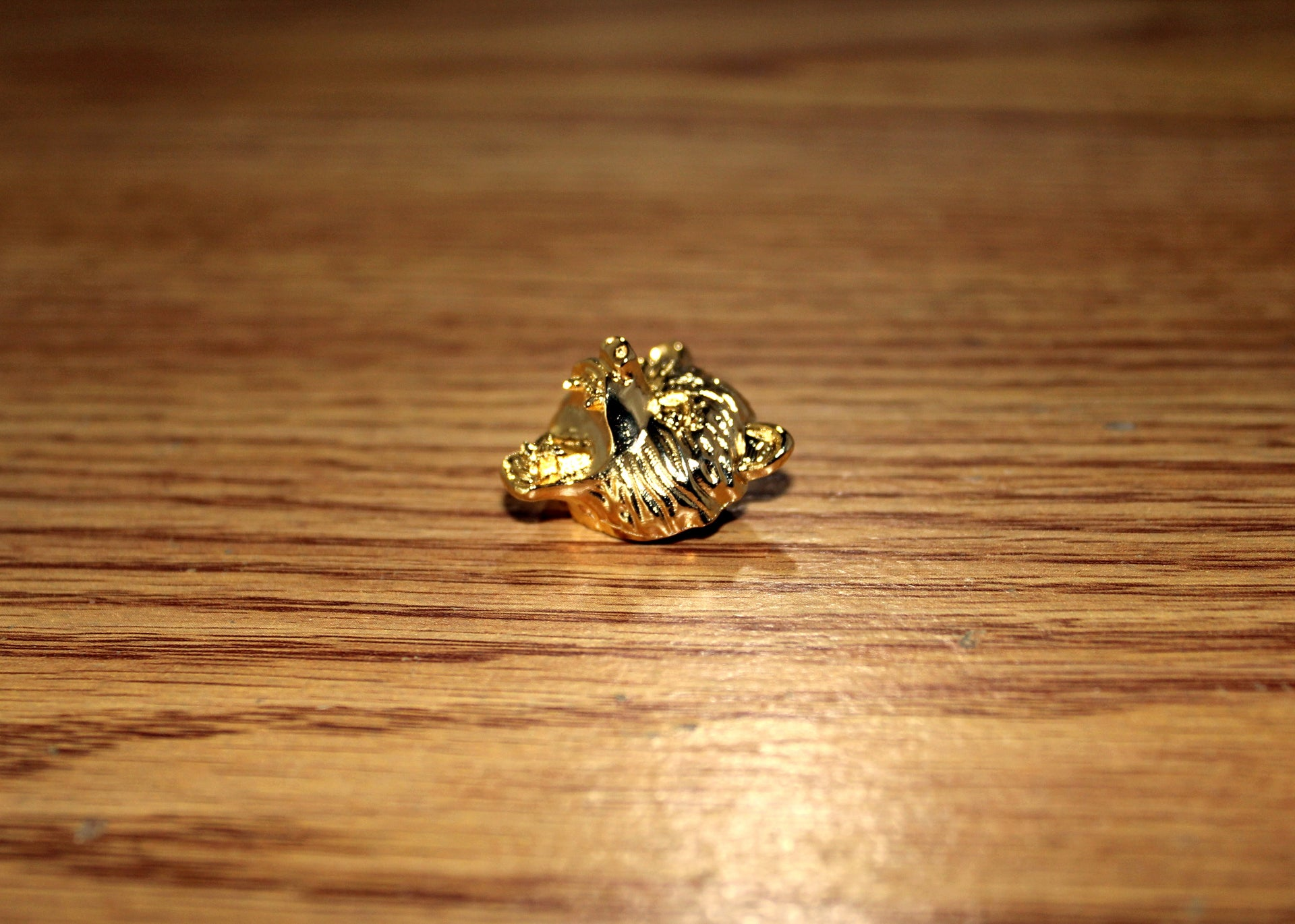 Bear Head Lapel Pin - 18K Gold