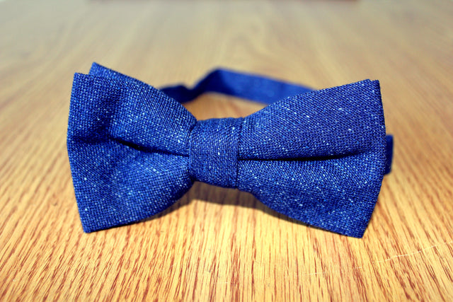 Classic Bow - Navy Blue (Pretied)