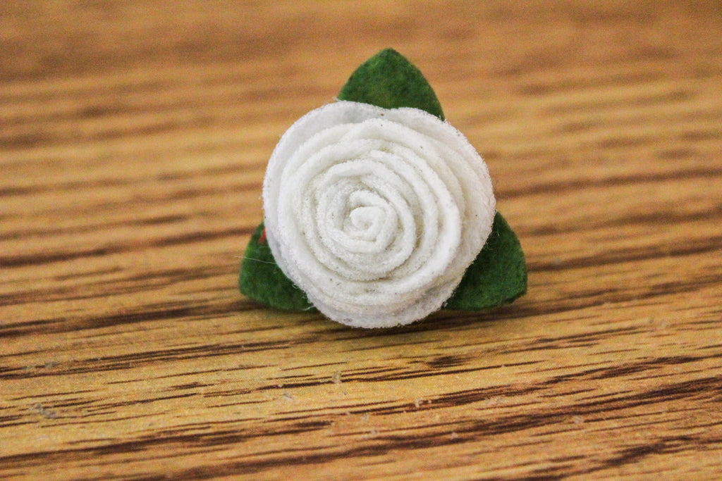 Felt Lapel Flower Pin - Ivory - The Dapper Cats