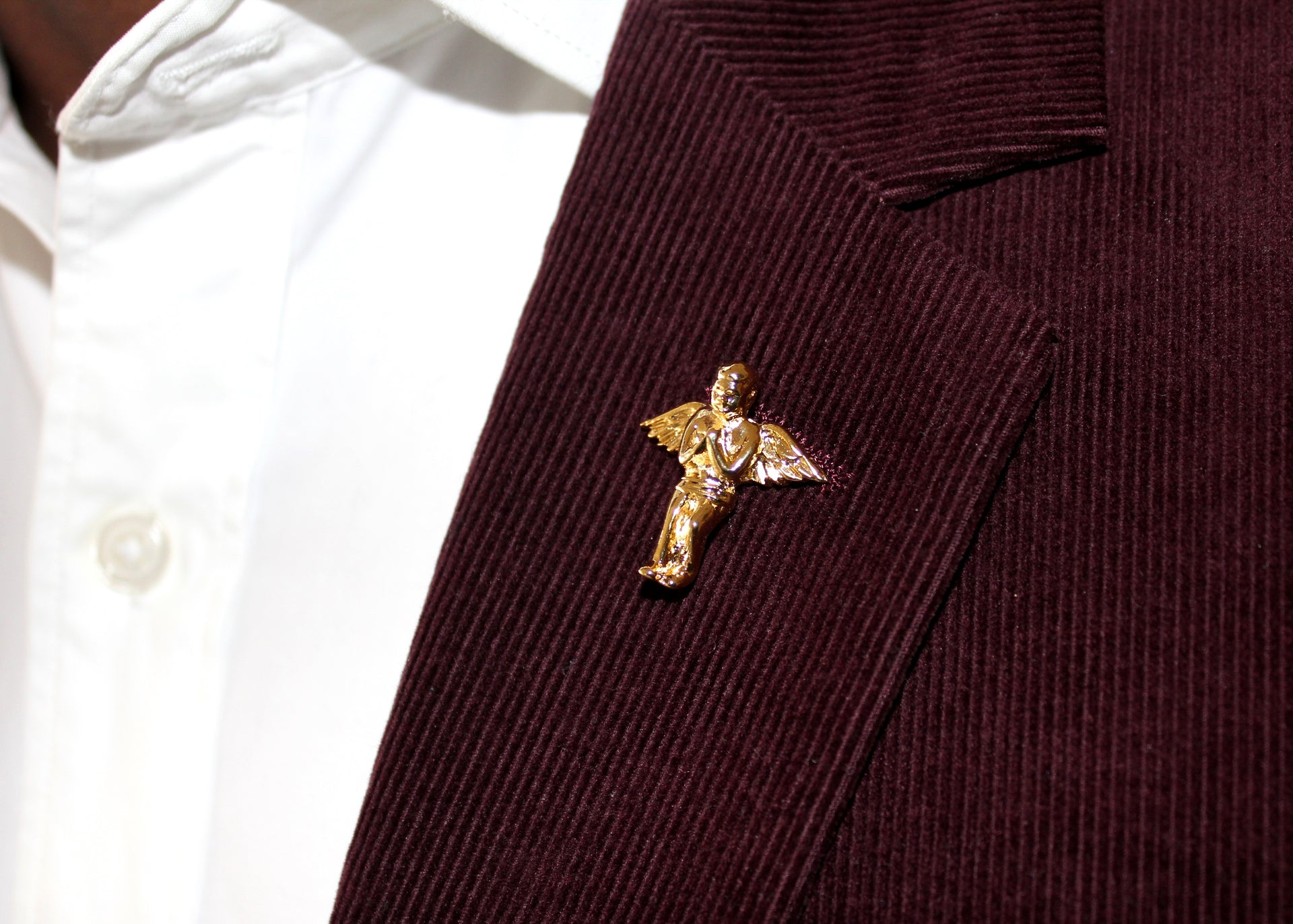 Little Angel Lapel Pin - 18K Gold