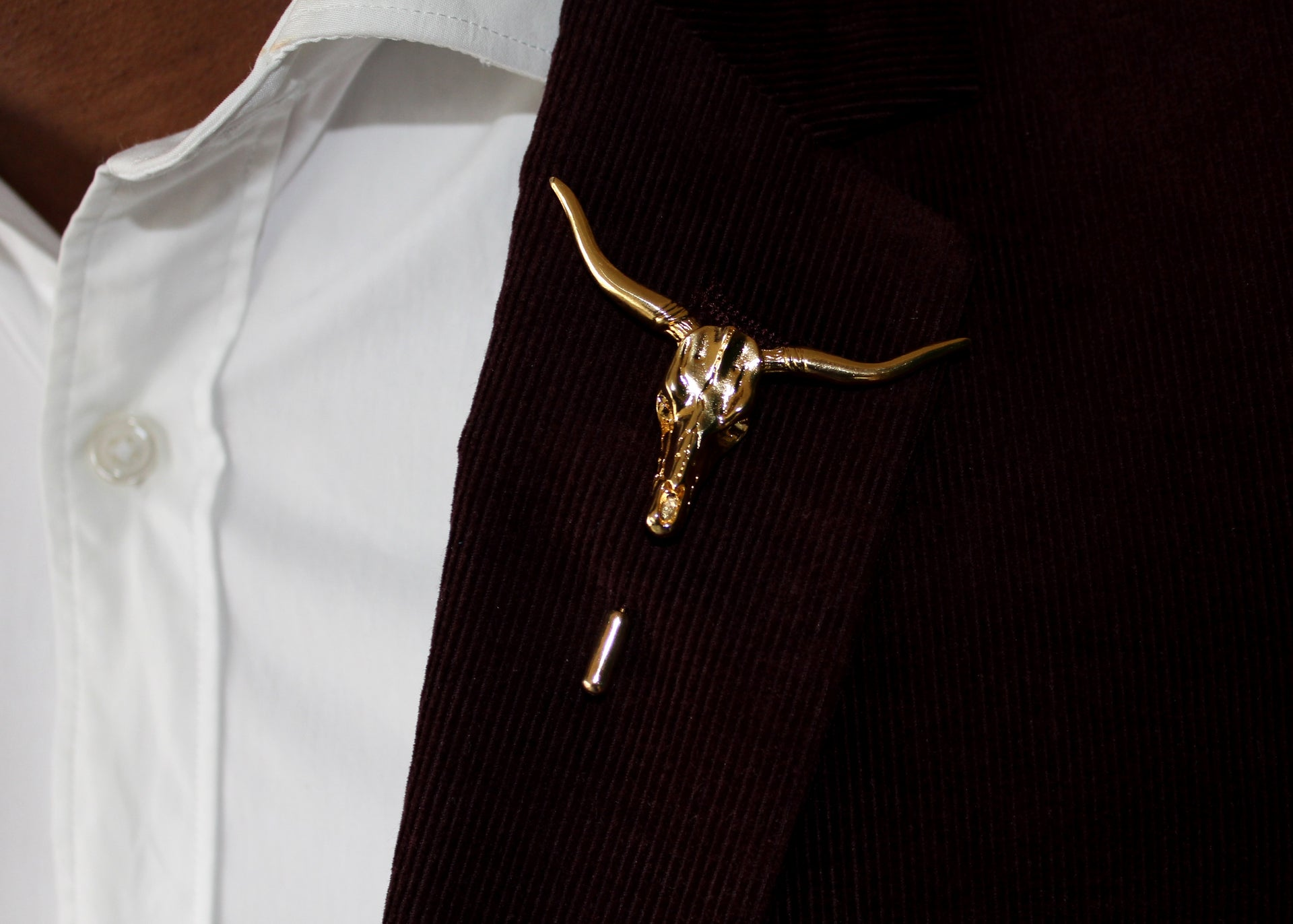 Longhorn Lapel Pin - 18K Gold