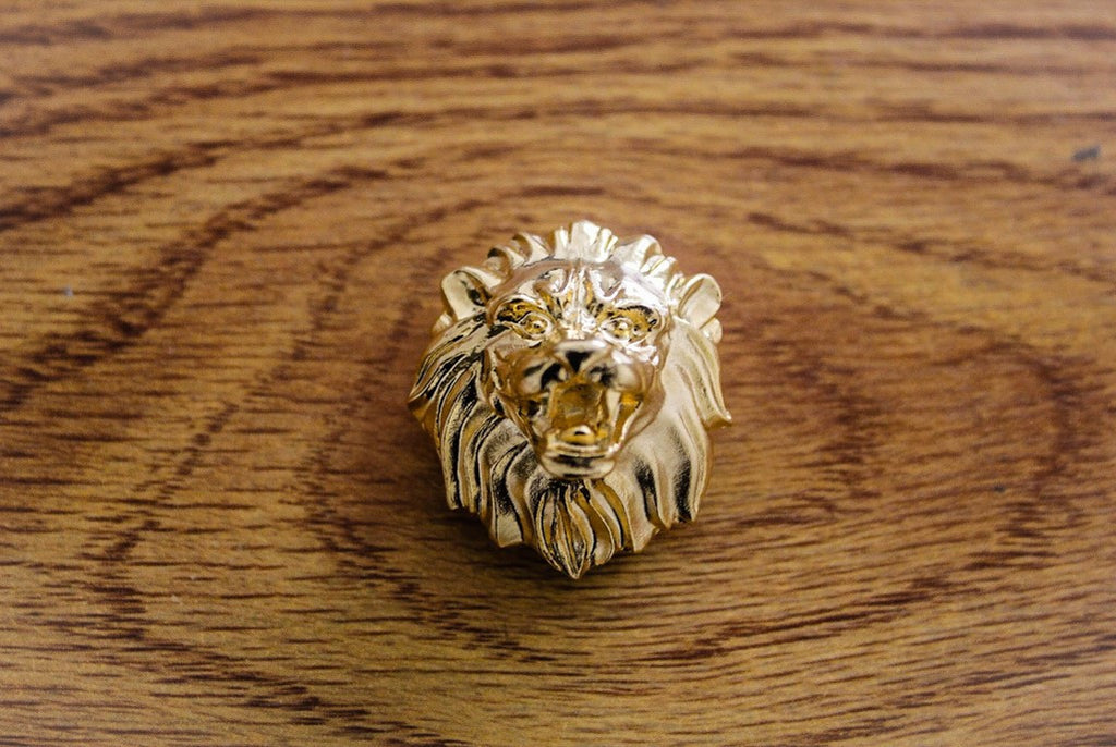 Leo Head Lapel Pin - 18K Gold - The Dapper Cats