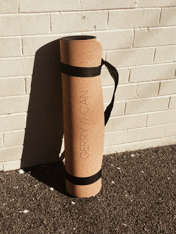 SIGNATURE SUSTAINABLE YOGA MAT
