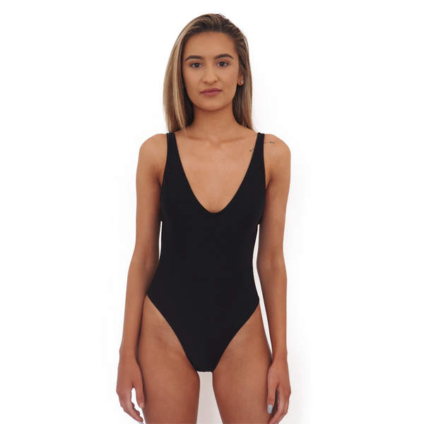 BOND ONE PIECE // BLACK