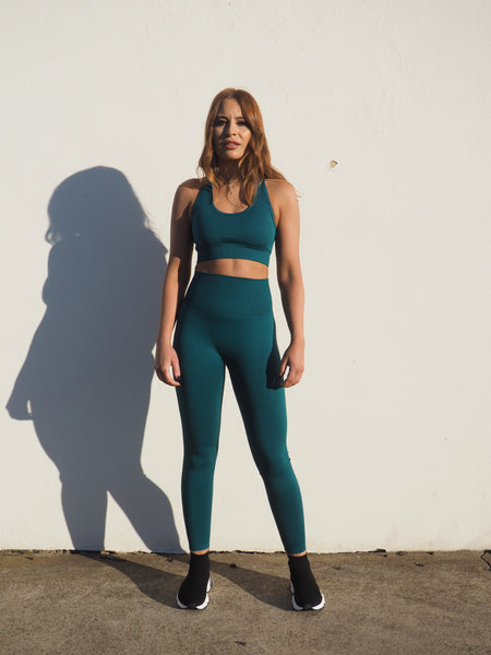 EMERALD SEAMLESS KNIT COMPRESSION SET