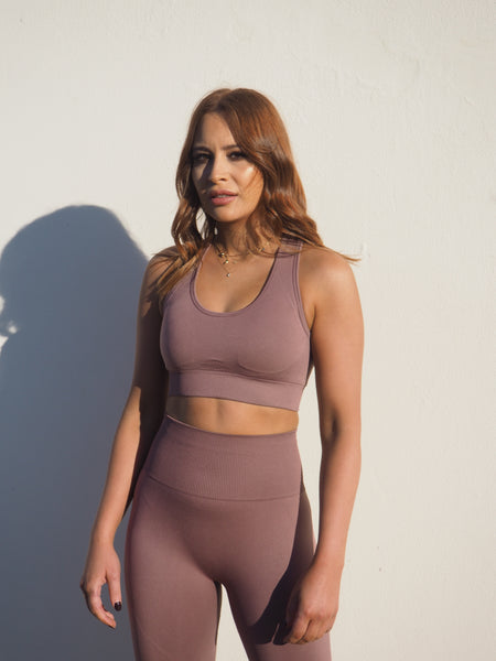 SEAMLESS GEO BURNT PLUM KNIT SET