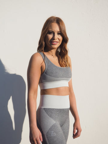 YVETTE GREY MARL KNIT COMPRESSION SET