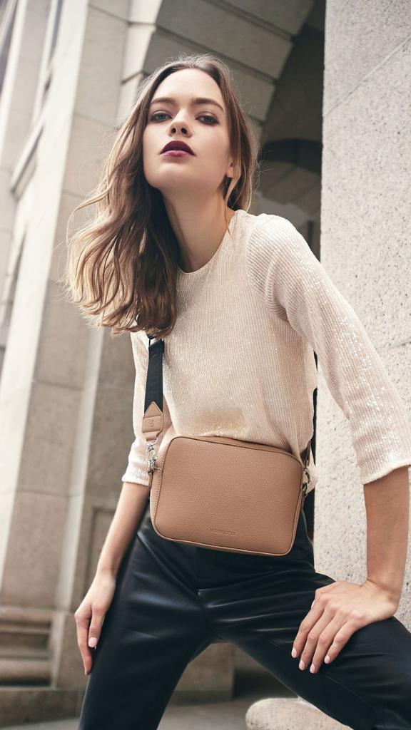 Bond Crossbody Bag (Nude)