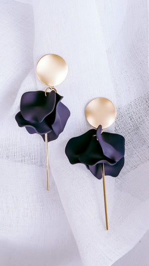 Esta Flower Earrings (Navy)