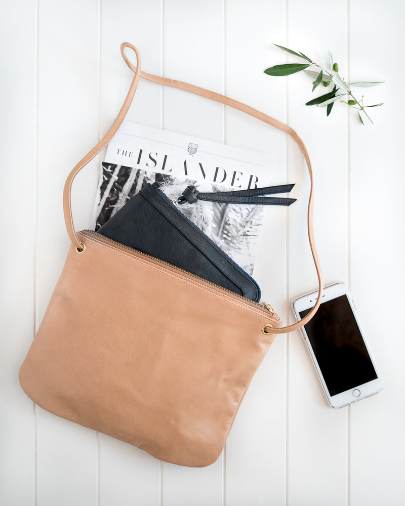 Berlin Leather Clutch Wallet<br>Blush