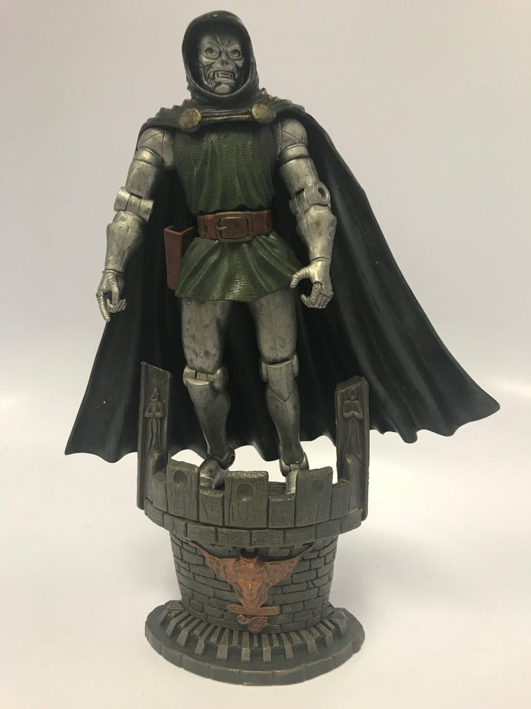 Toy Biz Marvel Legends Dr. Doom With Base (No Gun) Loose