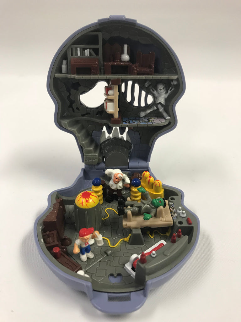 1992 Bluebird Mighty Max Escapes Skull Dungeon Complete