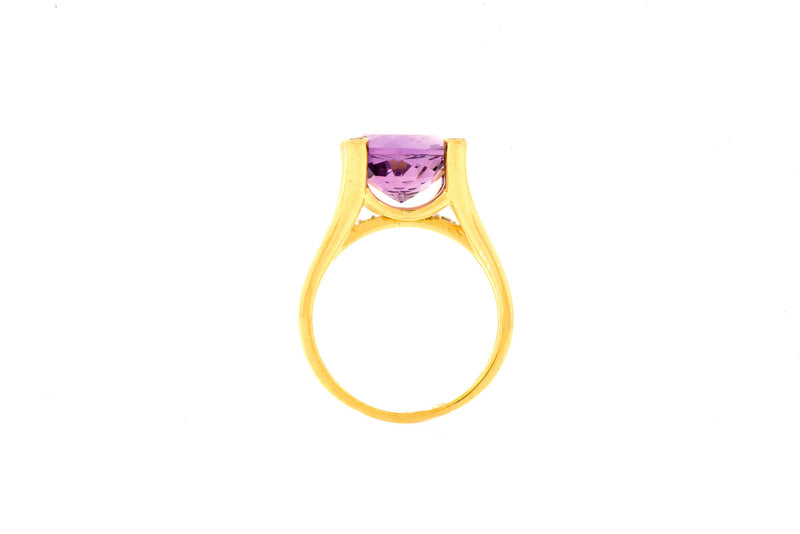 14K Yellow Gold Ring with Amethyst & Diamonds