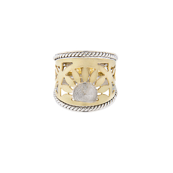 14K Two-Tone Gold Cigar Ring with Sunburst Pattern