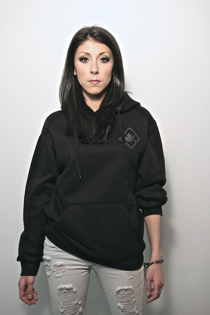 Diamond Pullover Blackout7 Edition
