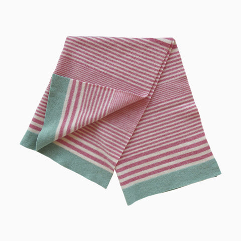 striped baby blanket (pink)
