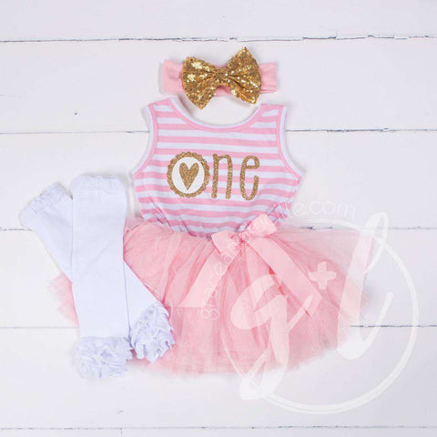 1st Birthday Outfit Scalloped Heart