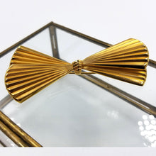 Giovanni Gold Tone Art Deco Bow Brooch