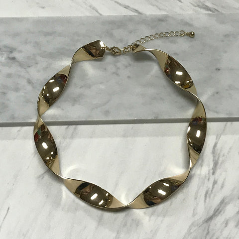 Annika Collar Necklace