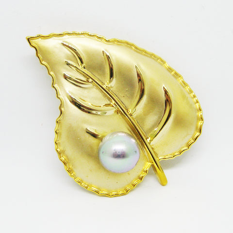 Alanis Leaf Brooch