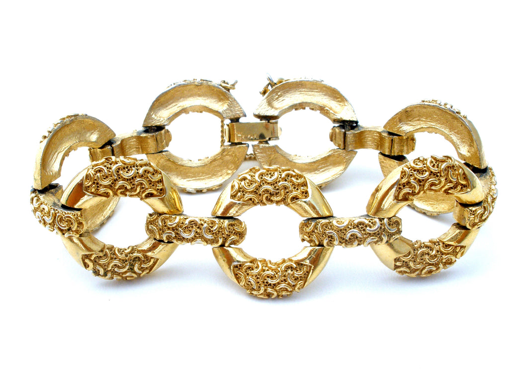 "Crown Trifari Gold Tone Link Bracelet 7"" Vintage - The Jewelry Lady's Store"