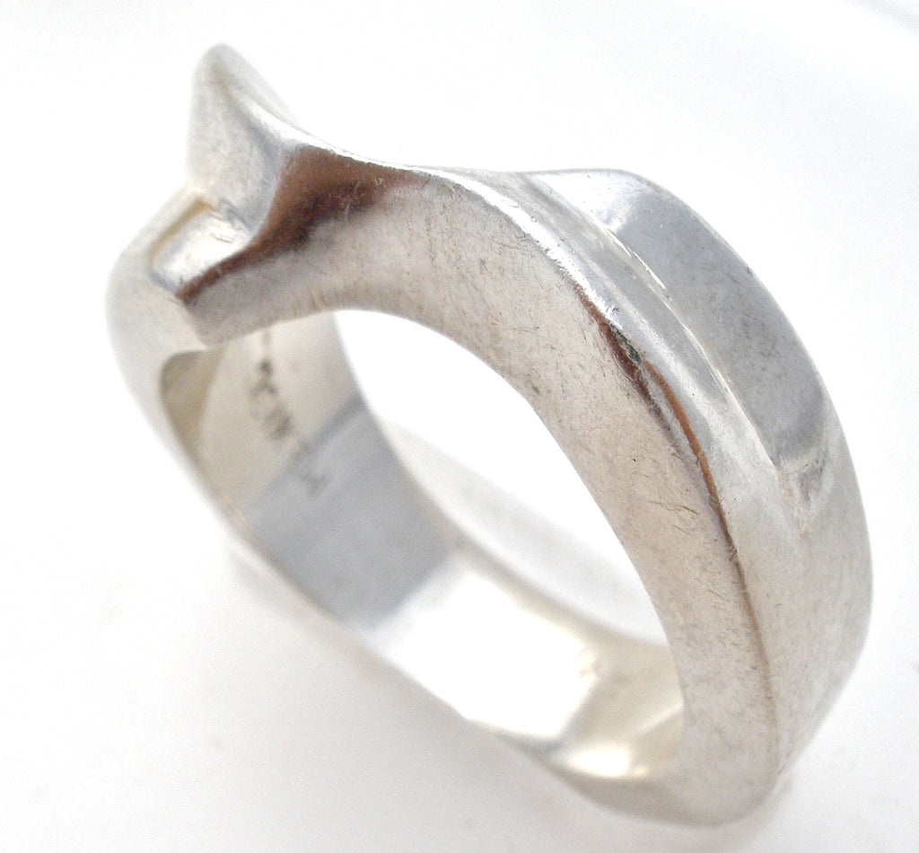 Mexican Sterling Silver Ring Size 6 - The Jewelry Lady's Store
