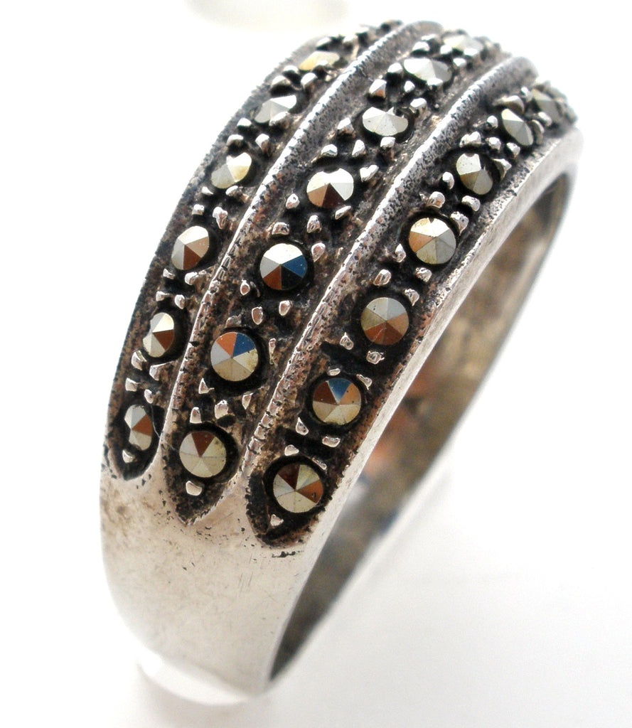 Sterling Silver Marcasite Band Ring Size 8 Vintage - The Jewelry Lady's Store