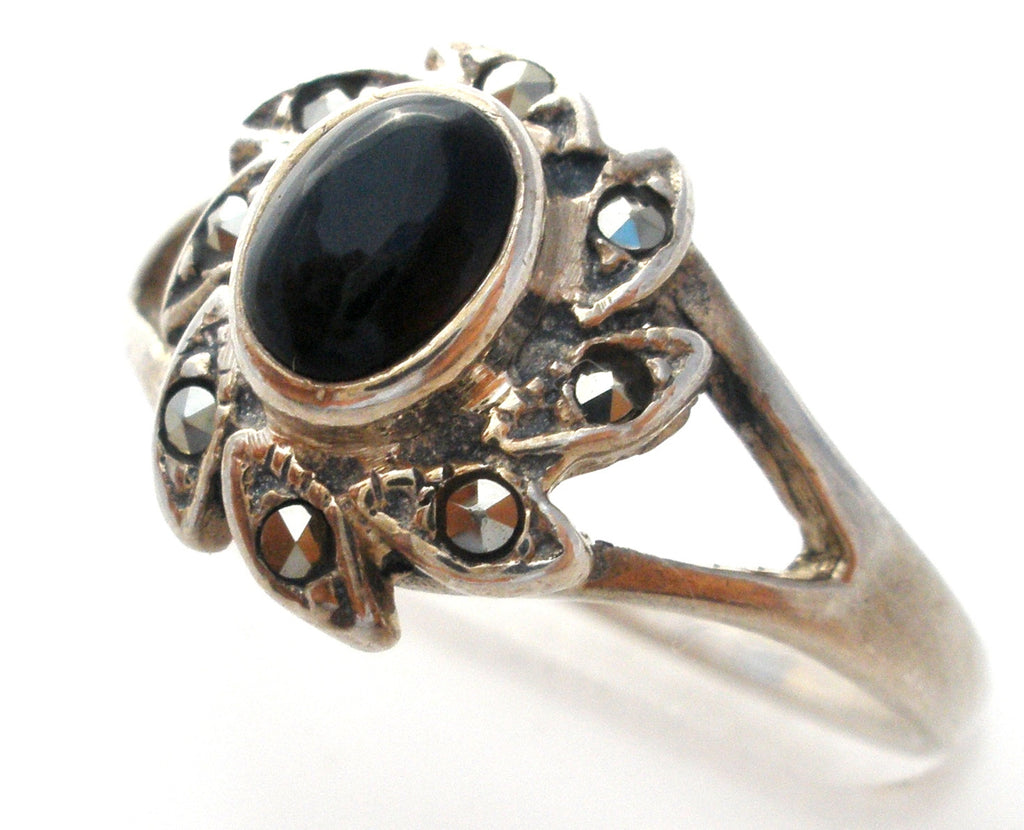Vintage Black Onyx Ring Sterling Silver Size 6 - The Jewelry Lady's Store
