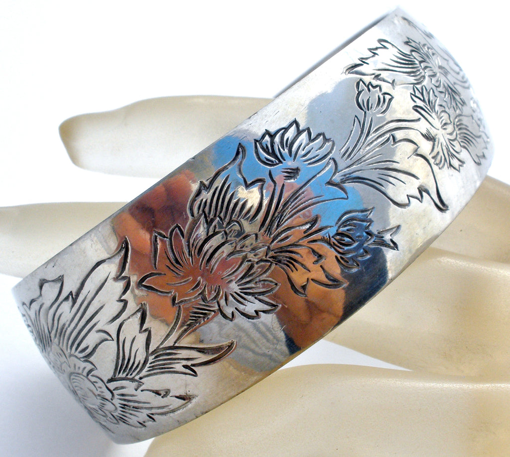 Vintage Chrysanthemum Pewter Cuff Bracelet Kirk Stieff - The Jewelry Lady's Store