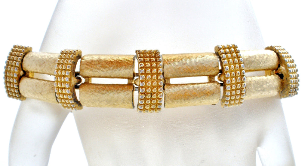 "Vintage Monet Gold Tone Bracelet 7.5"" - The Jewelry Lady's Store"