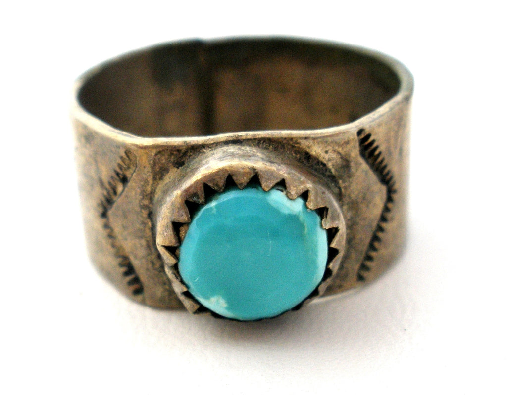 Vintage Sterling Silver Ring With Turquoise - The Jewelry Lady's Store