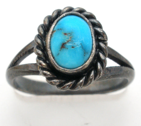 Vintage Sterling Silver Ring with Turquoise Size 5.5