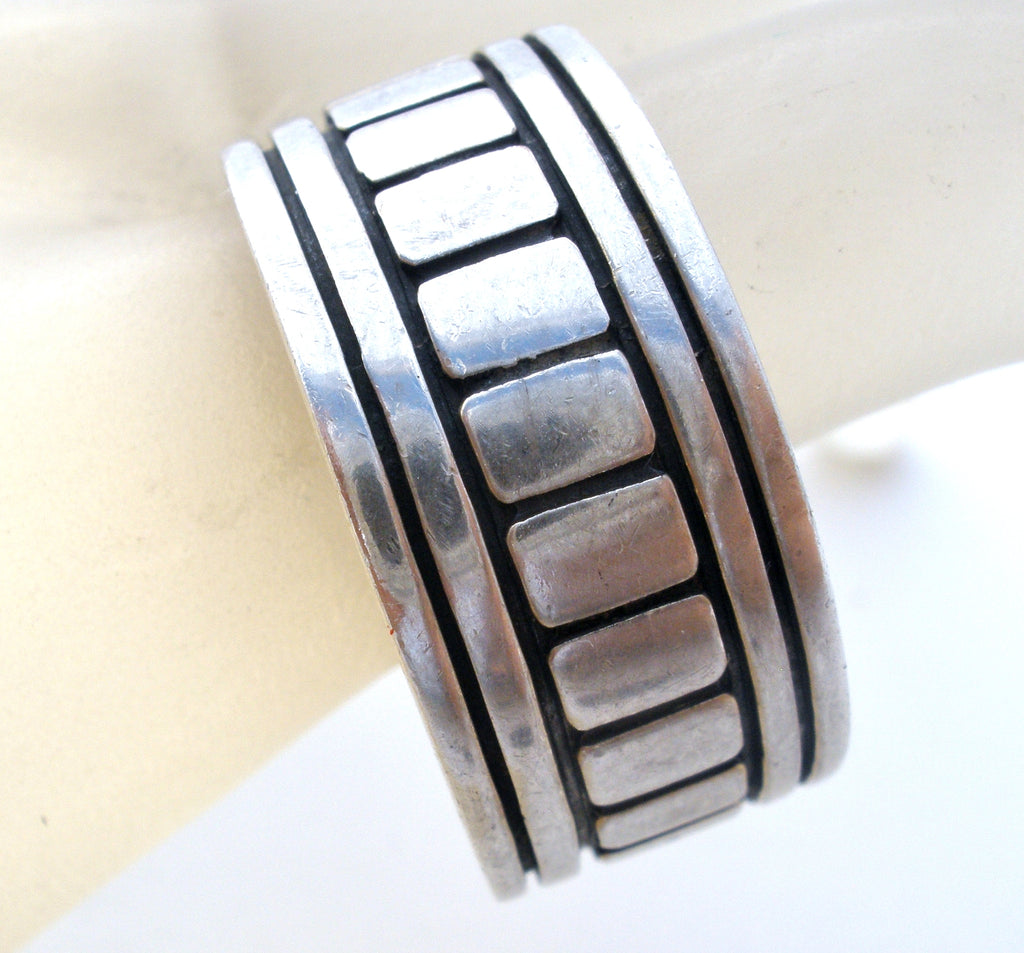 Wide Sterling Silver Band Ring Vintage Size 11 - The Jewelry Lady's Store