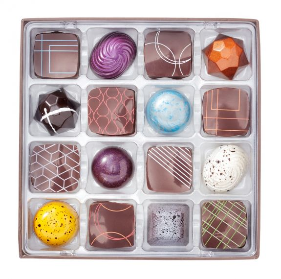 Christopher Elbow 16 pcs Bonbons box