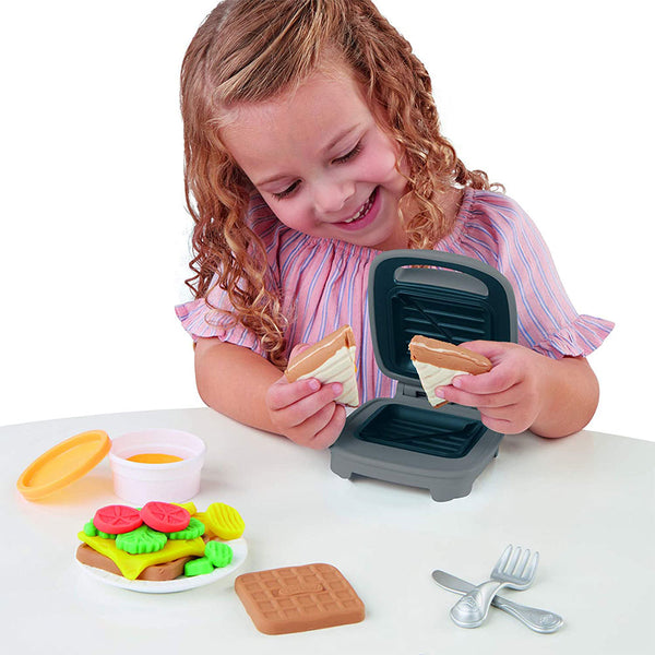 PLAY DOH SANDWICHERA GRILLED CHEESE E7623