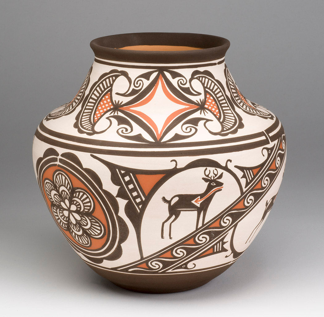 Traditional Deer In His House Pottery Jar