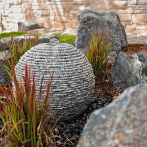 Ribbed Sphere Fountains