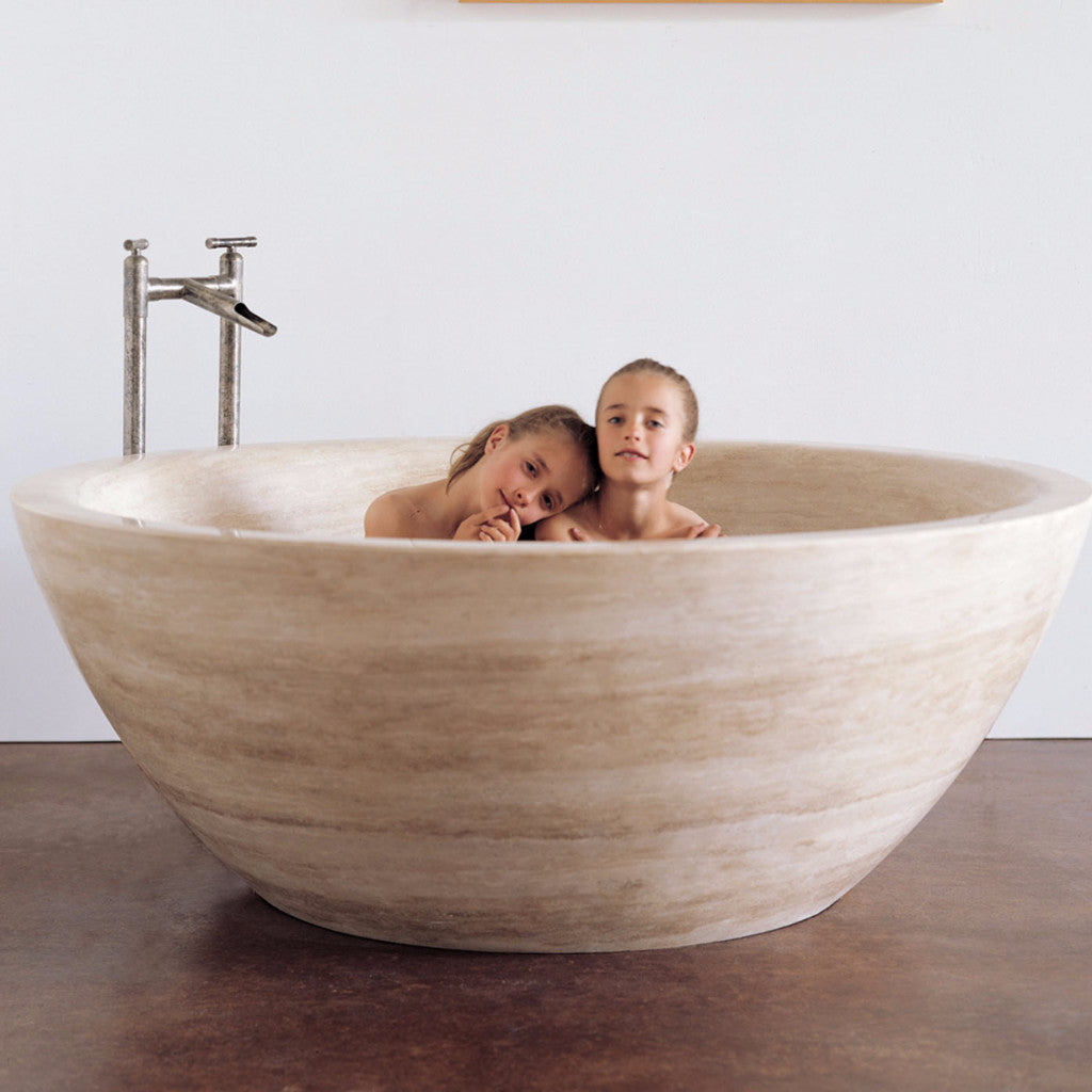 Round Bathtub – Stone Forest